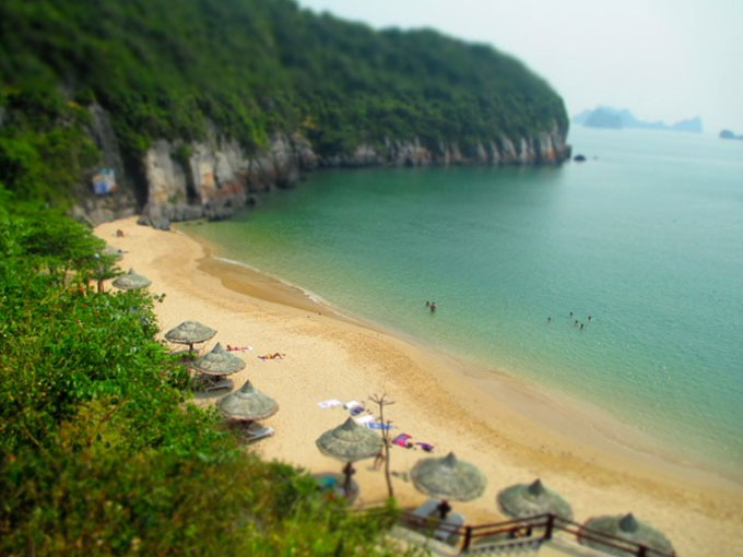 Cat Ba Island beaches